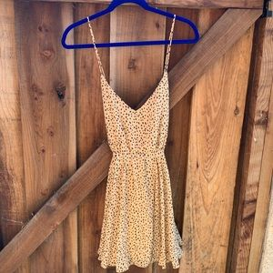 Very cute forever 21 dress!